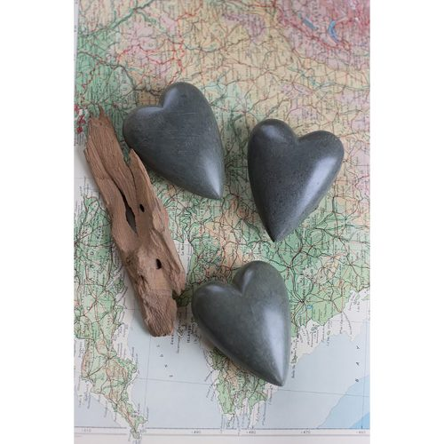 Set of 6 Hand Carved Stone Hearts Dark Grey A5741