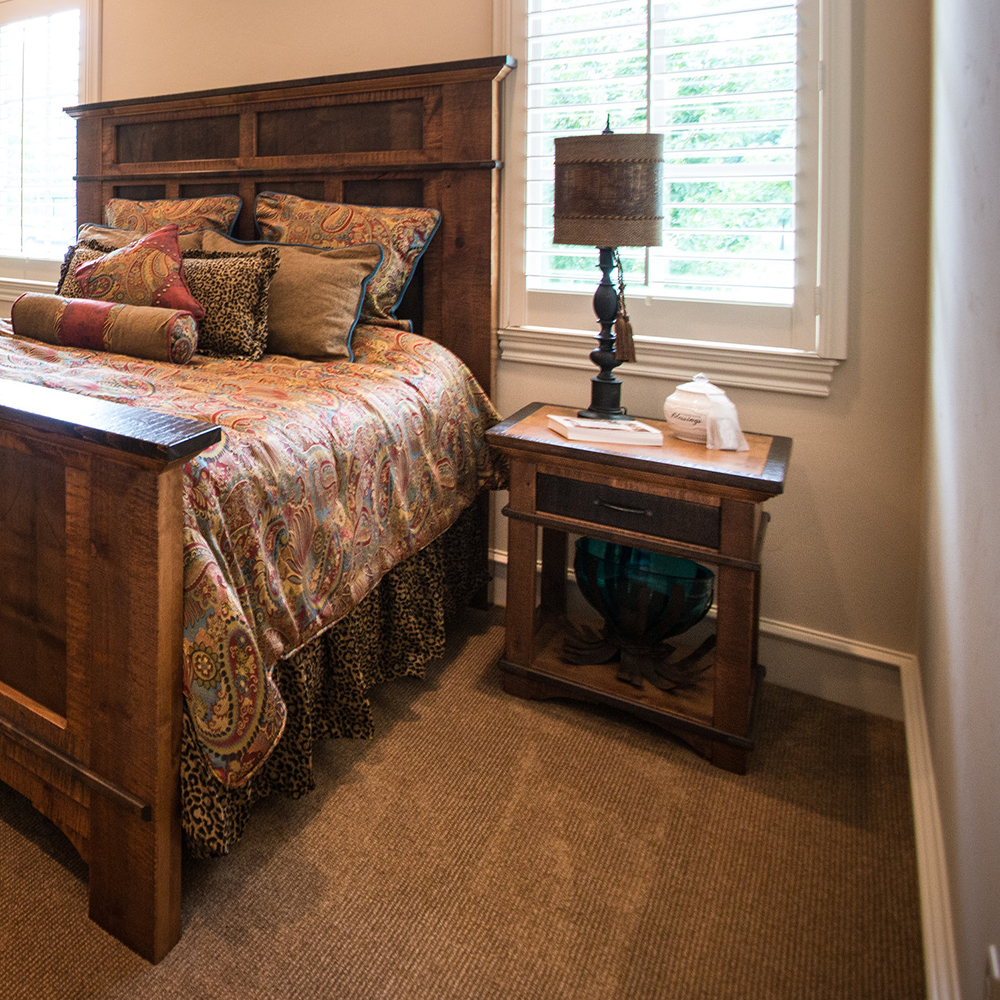 Barn Wood Bedroom Furniture: Glen Falls Reclaimed Barn Wood 1 Drawer Nightstand