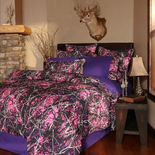Girl Camo Bedding