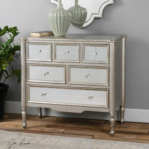 Rayvon, Accent Chest 24504