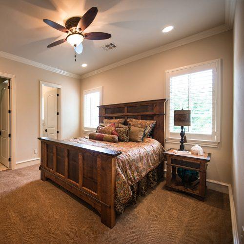 Glen Falls Reclaimed Barnwood Bed 21462